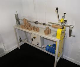 Stroj pro řezání papírových dutinek RSD